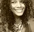 Freelancer Larissa M. V.