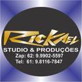 Freelancer Rickae.