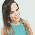 Freelancer Larissa S. M.