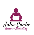 Freelancer Julia A. C. R.