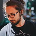 Freelancer João L. W.
