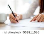 Freelancer escritora E. V.