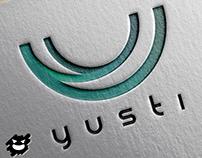 """""""Yusti"""" logo identidad personal."""