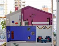 Casa de Muñecas pintada a mano // Pintura.
