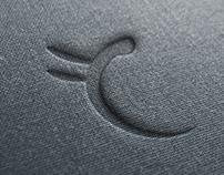 Carolina Freire's Clothes Logo