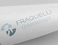 Marca, aplicações e site Fraquelli Odontologia